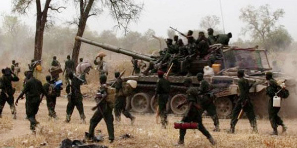 """South Sudan """"back to war"""" as hundreds killed in clashes"""