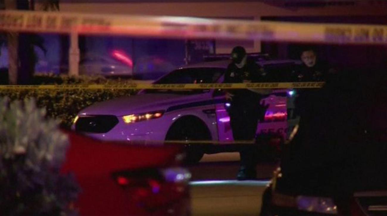 2 killed, 16 hurt in Florida nightclub shooting