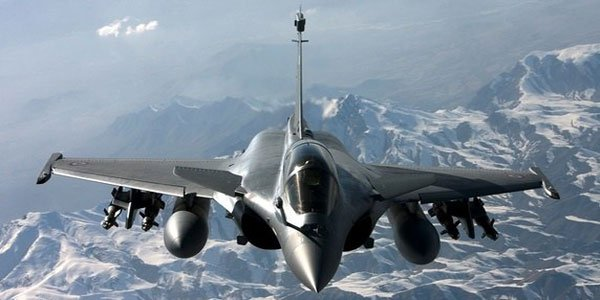 India, France sign Rafale fighter jet deal