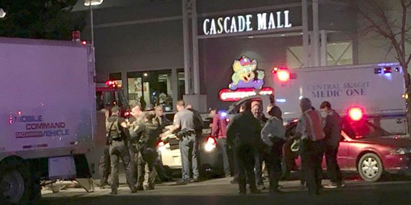 Three killed in Washington mall shooting