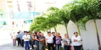 Cubans queue to pay respect to Castro