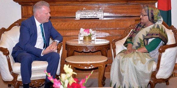 Bangladesh urges Myanmar to resolve Rohingya crisis through political means