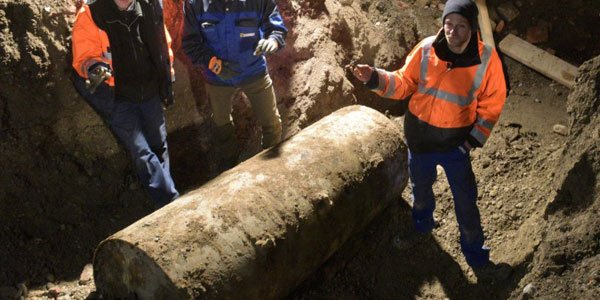 Germany evacuates 50,000 to defuse massive WWII bomb