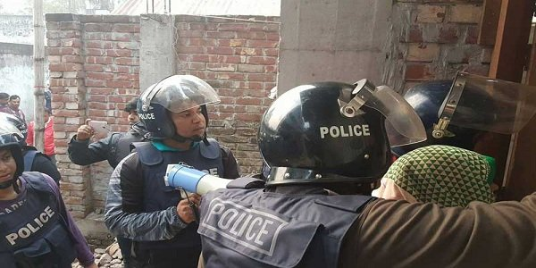 Women surrendered as anti-militant raids continues in Dhaka