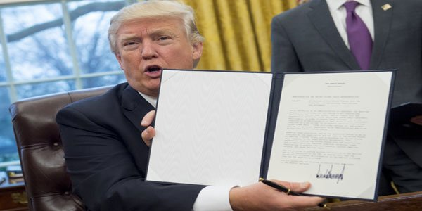 Trump withdraws US from TTP trade deal