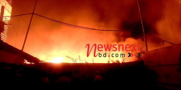 Fire gutted shanties in Dhaka's Mohammadpur