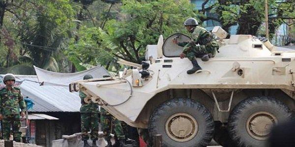 Gunshots, explosions as commandos approach Bangladesh militants' den