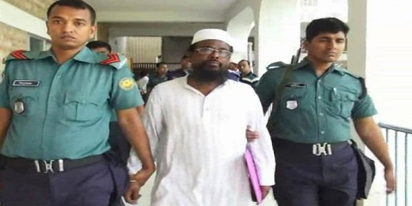 Prison van carrying Islamist militant group chief attacked in Bangladesh