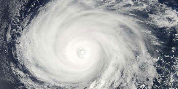 Bangladesh braces for Cyclone Mora