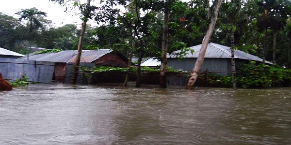 Floods turn grim in northern Bangladesh, 25 die