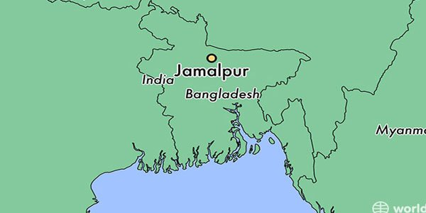 Four killed after train rams auto-rickshaw in Jamalpur