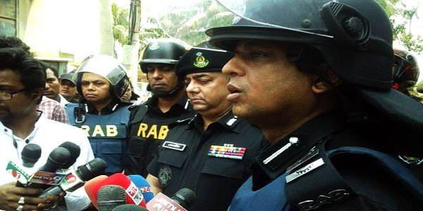 Suspected militants' den cordoned off in Dhaka's Mirpur