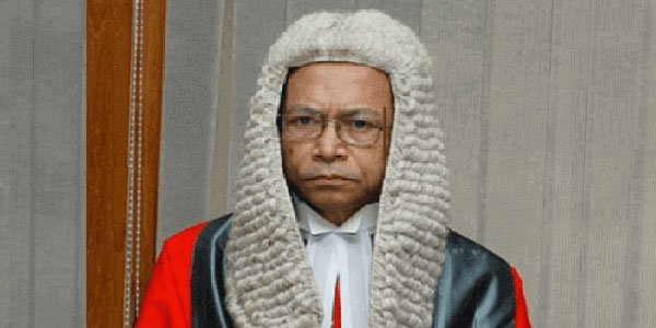 Trial of former chief justice Sinha opened over embezzlement charges