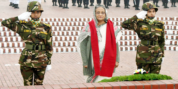 Nation pays homage to war heroes to mark Victory Day celebration