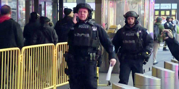 New York subway explosion, suspect detained