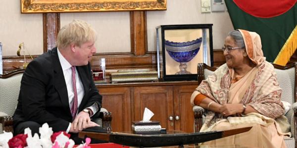 British foreign secretary Johnson arrives in Dhaka