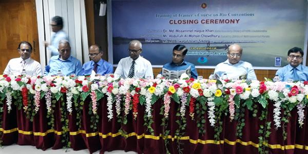 Civil servants underscore knowledge on environmental governance