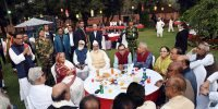 Most invitees turn up to Prime Minister's tea-party, Oikya Front skips