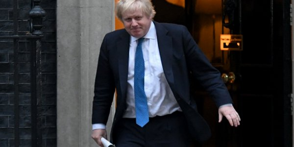 Boris Johnson announces he is Covid-19 positive
