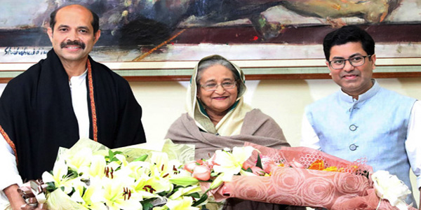 Atiq, Taposh take oath as Dhaka mayors