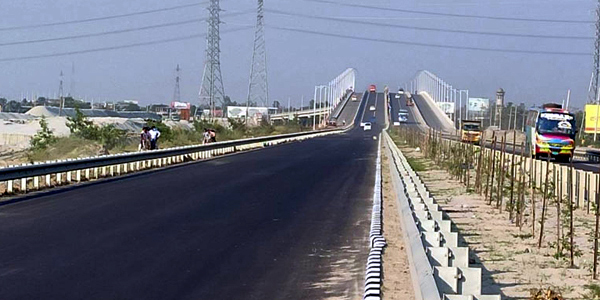Bangladesh opens first expressway to traffic