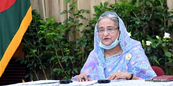 Hasina announces rewards for health workers treating Covid-19 patients