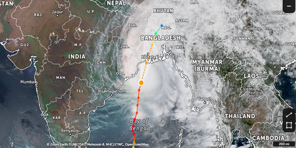 Bangladesh takes 1 million to safety as cyclone approaches coastline