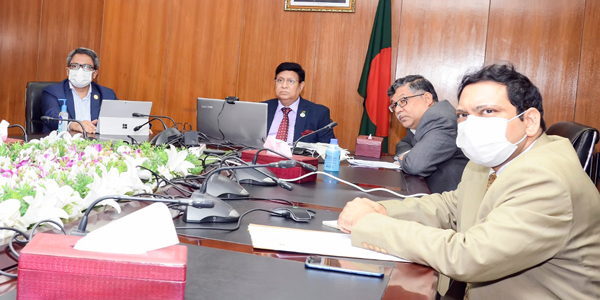 Bangladeshi envoys urged to explore new markets for apparel products in Europe