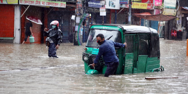 Flooded Dhaka streets remains perennial